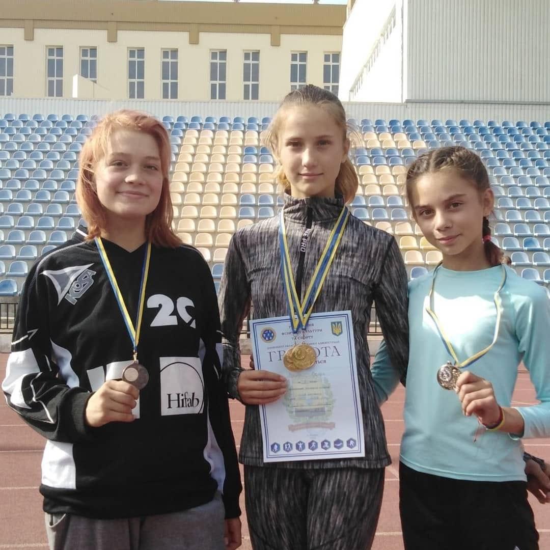 Багатий урожай медалей обласних змагань привезли додому легкоатлети Дружківки (ФОТО), фото-2