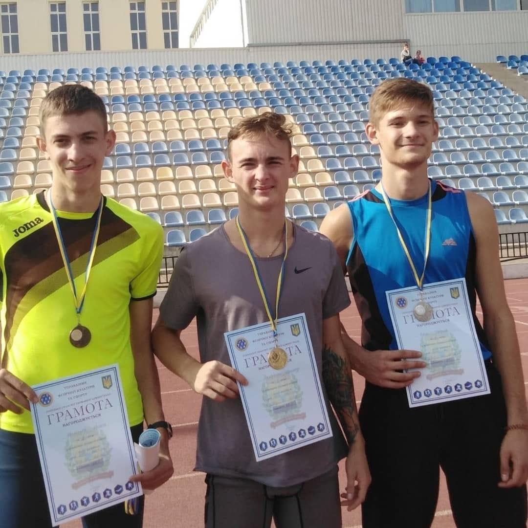 Багатий урожай медалей обласних змагань привезли додому легкоатлети Дружківки (ФОТО), фото-3