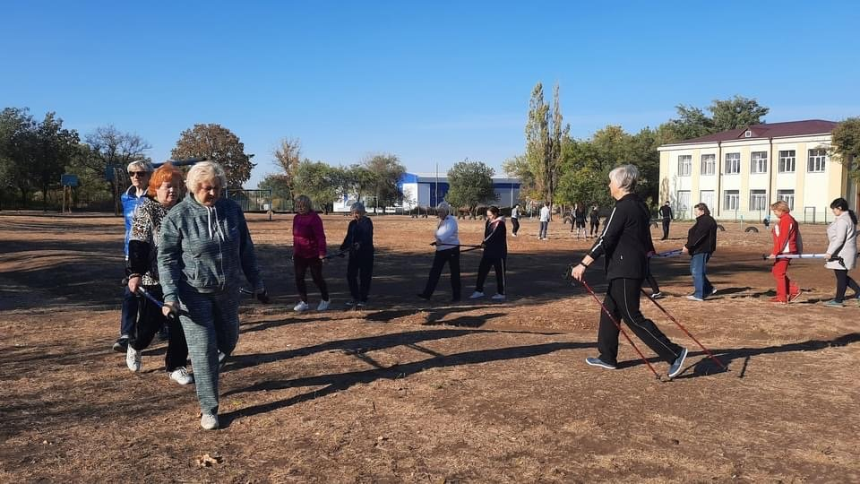 Скандинавська ходьба у Дружківці стає дедалі популярнішою , фото-1