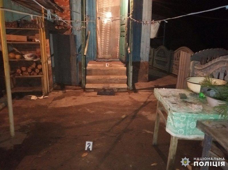 В Олексієво-Дружківці 62-річний чоловік вдарив ножем колишню дружину та сусіда і втік, фото-3