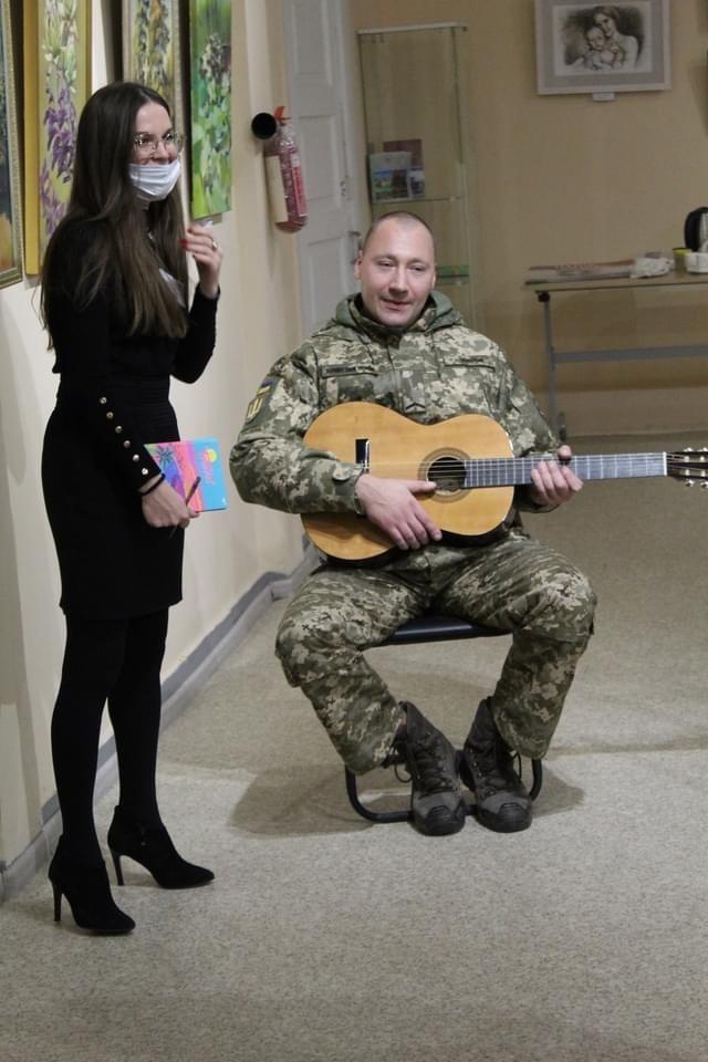 У Дружківці військовослужбовці позували для художників Донеччини (ФОТО), фото-4