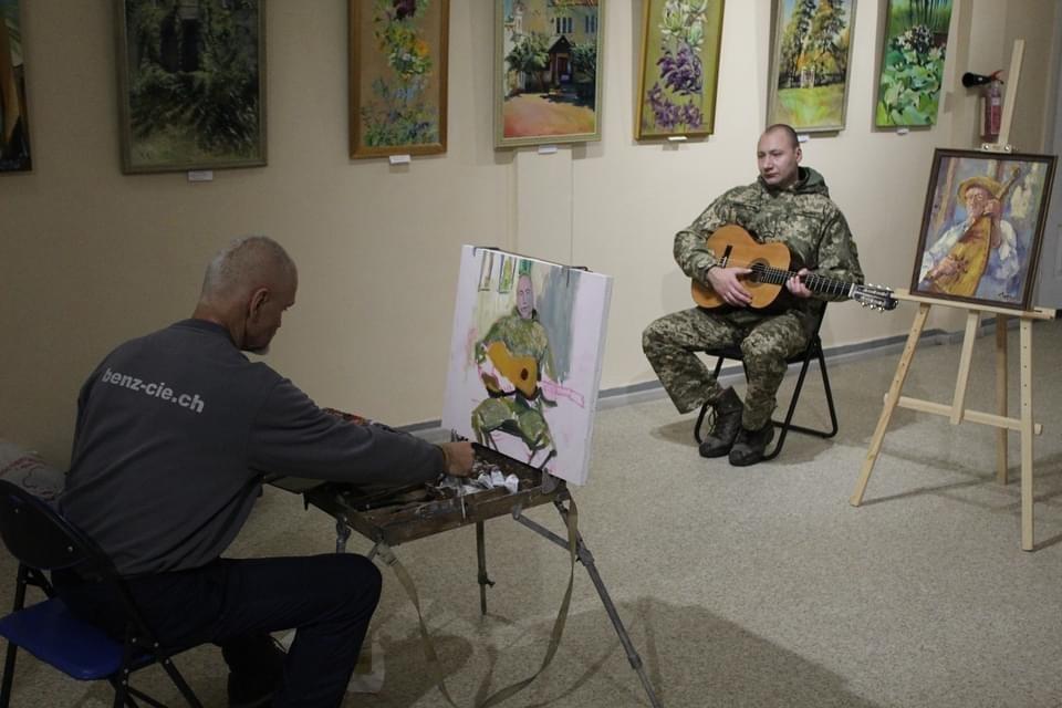 У Дружківці військовослужбовці позували для художників Донеччини (ФОТО), фото-3