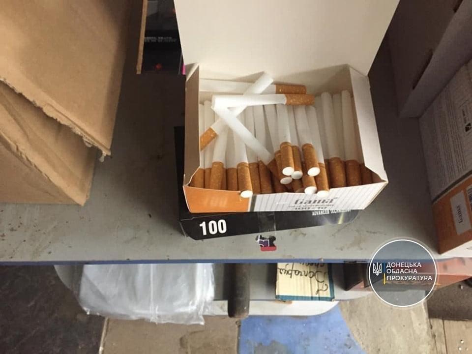 Слідчі вилучили контрафактний тютюн, що збувався у Дружківці, фото-3