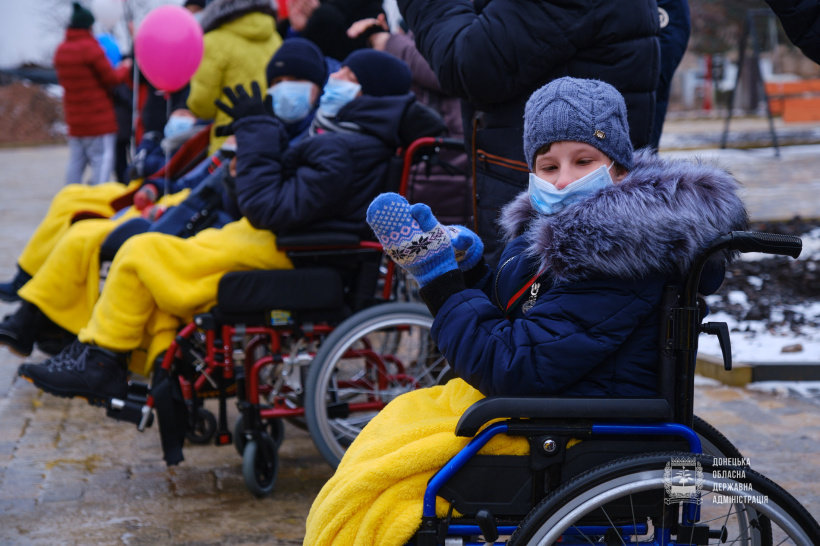 Вихованці Дружківського дитячого будинку-інтернату отримали чудовий подарунок до Дня Святого Миколая (ФОТО), фото-10