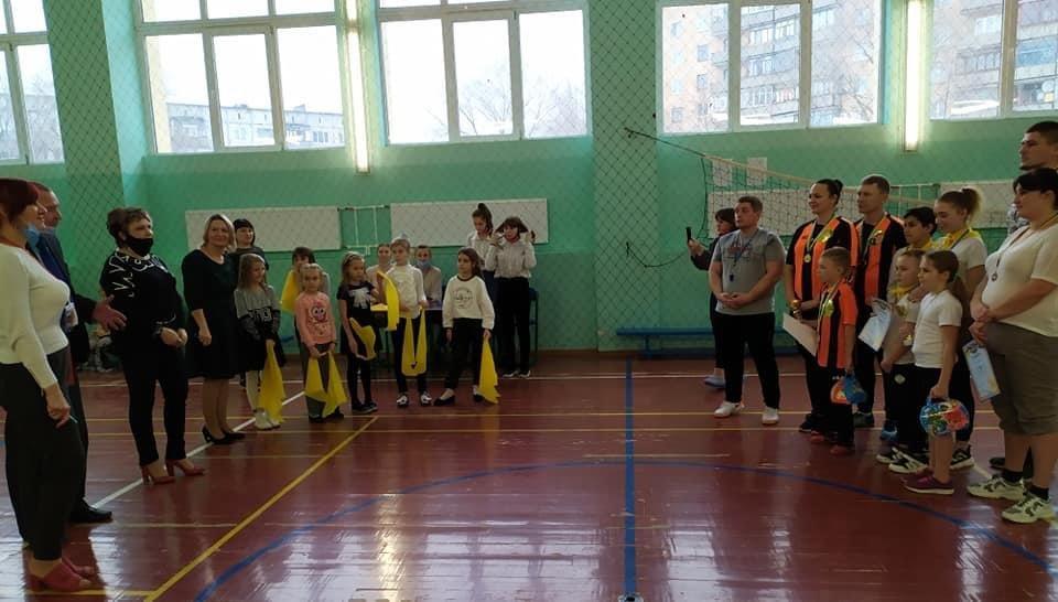 Дружківка: Спортивні родини змагалися за перемогу у школі №17 (12 ФОТО), фото-1