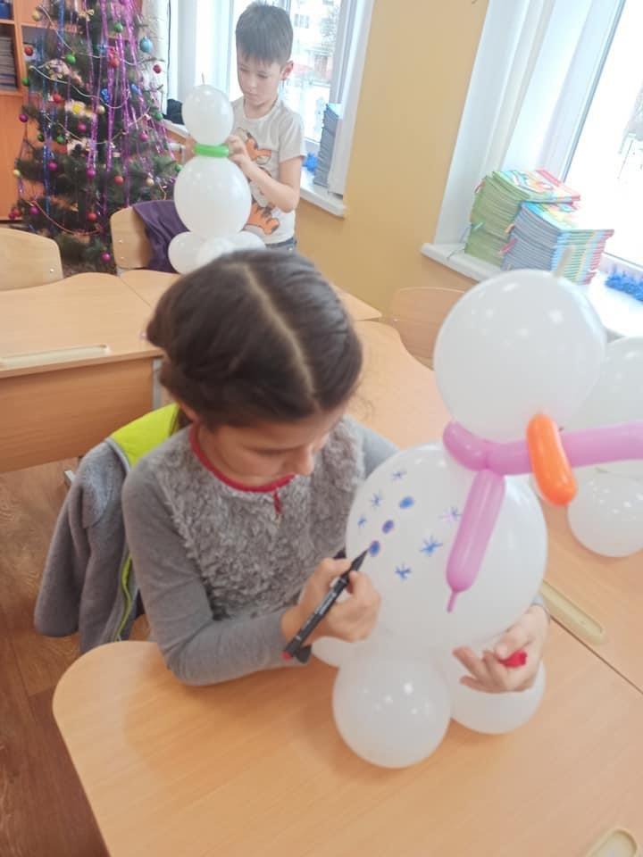 Дружківка: Як у гімназії «Інтелект» та школі №17 до новорічних свят готувались (Багато фото), фото-13