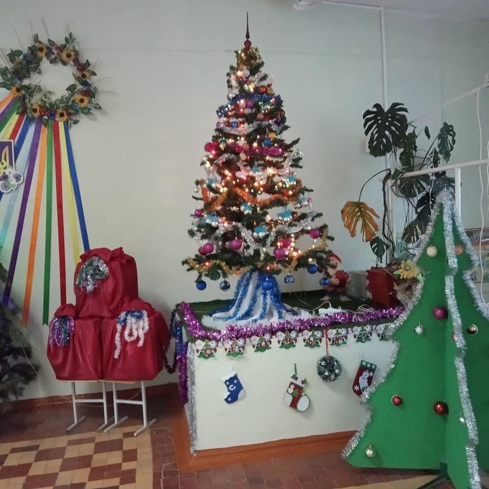 Дружківка: Як у гімназії «Інтелект» та школі №17 до новорічних свят готувались (Багато фото), фото-22